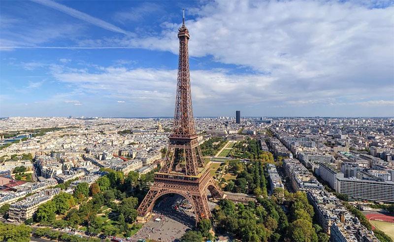 Почему стоит посетить столицу Франции?