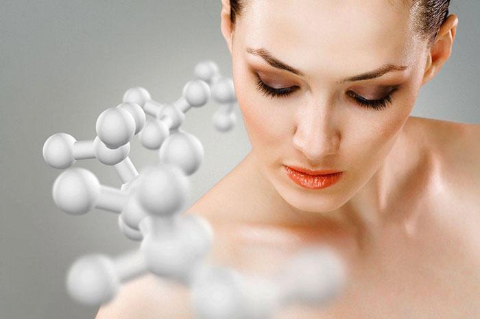 Ретинол, кислоты, антиоксиданты, пептиды: что выбрать девушке?